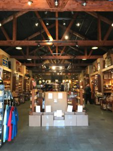 Pic inside of Cigars International from front to back