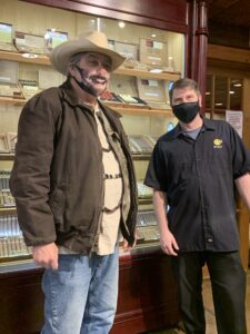 pic with Mike of Cigars International