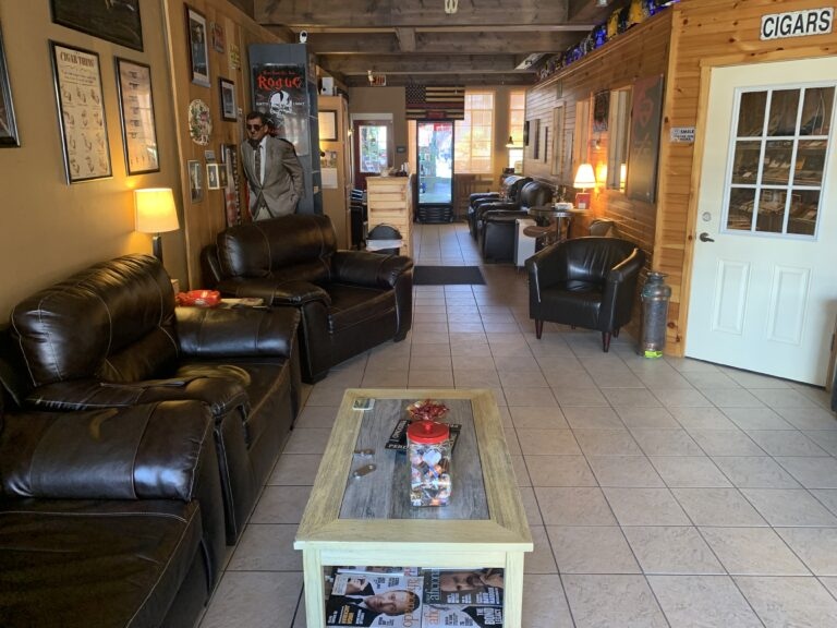 pic of the lounge