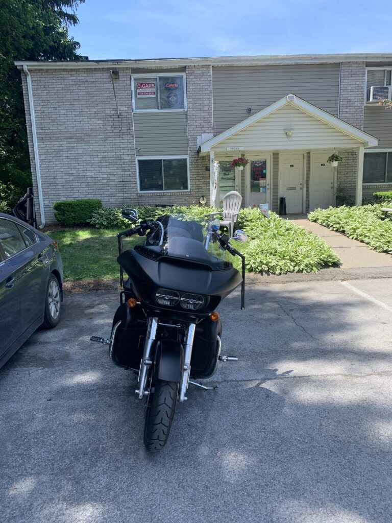 pic of my bike in front of Slippery Rock Cigars